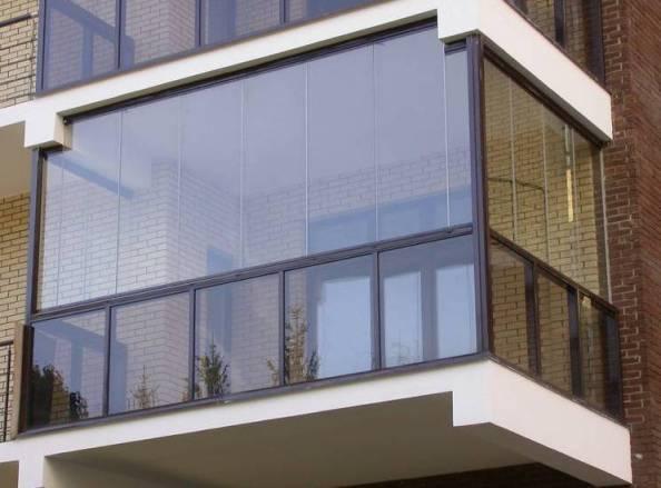 Безрамное остекление балконов, лоджий - Санкт