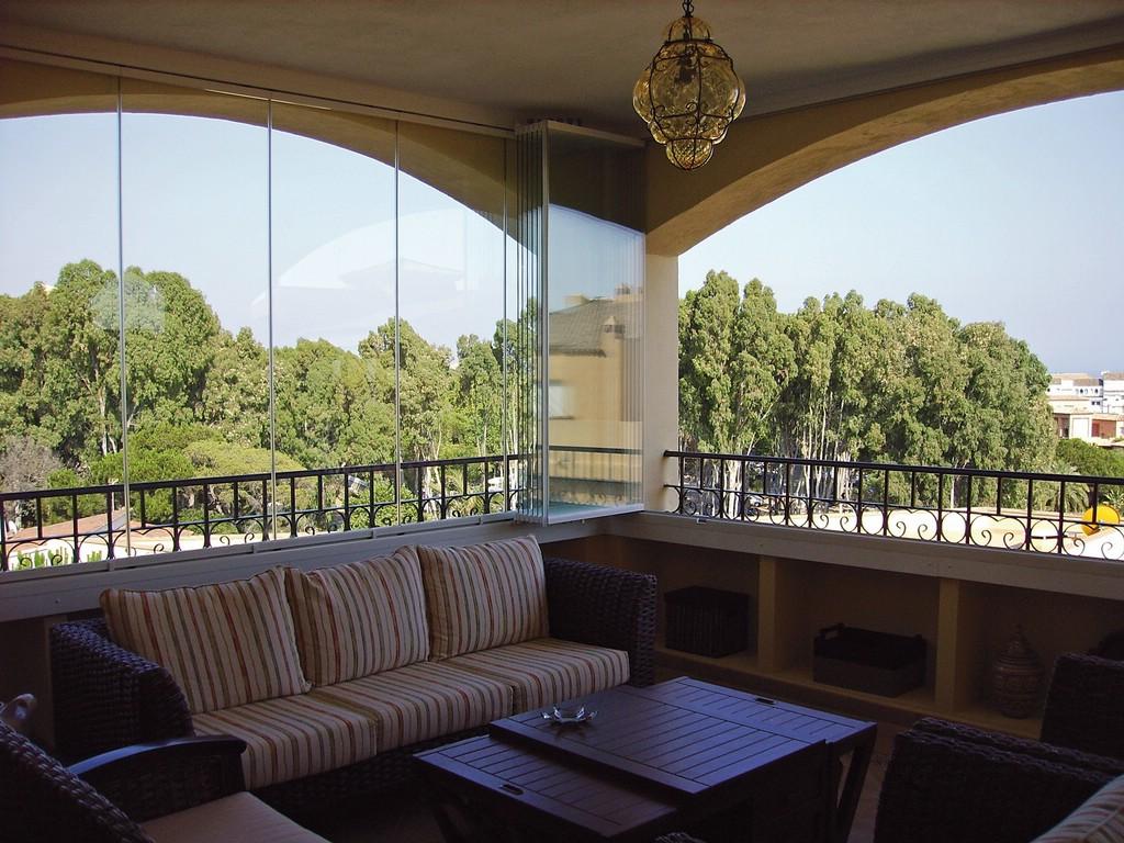 Виды, особенности устройства и дизайна балконов в частном до.